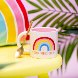 Tasse Chasing Rainbows Good Vibes Only